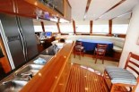 EXECUTIVE 73 - Galley and Saloon